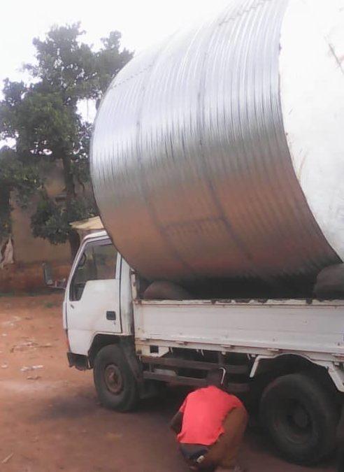 ACQUA IN UGANDA. Installate 2 nuove cisterne